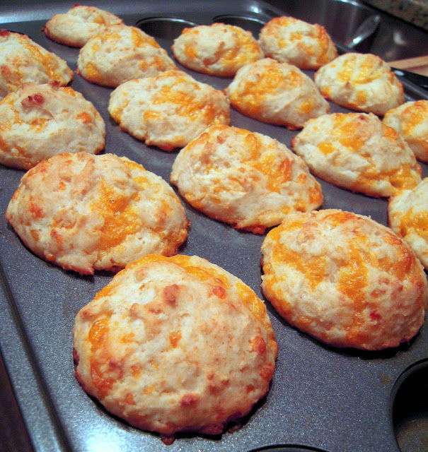 Better Than Jim N Nicks Cheesy Biscuits